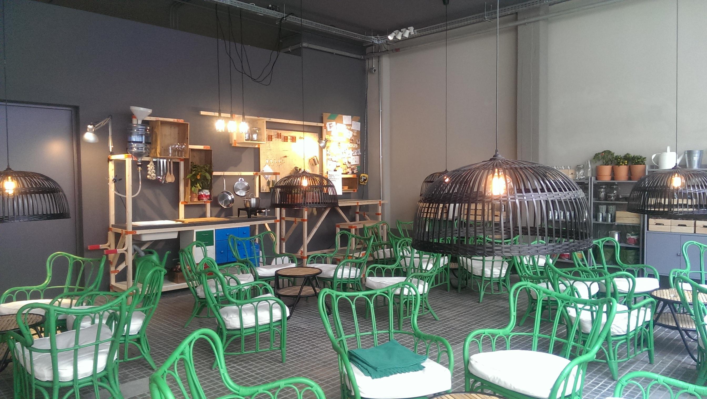 Ikea temporary store Via Vigevano Milano Iglooo Fuorisalone - IGLOOO