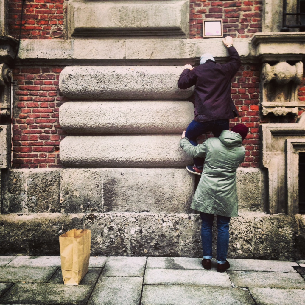 eco design cartone arredare ecologico tonki Milan