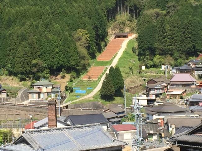 Hasami-hills-ancient-knils