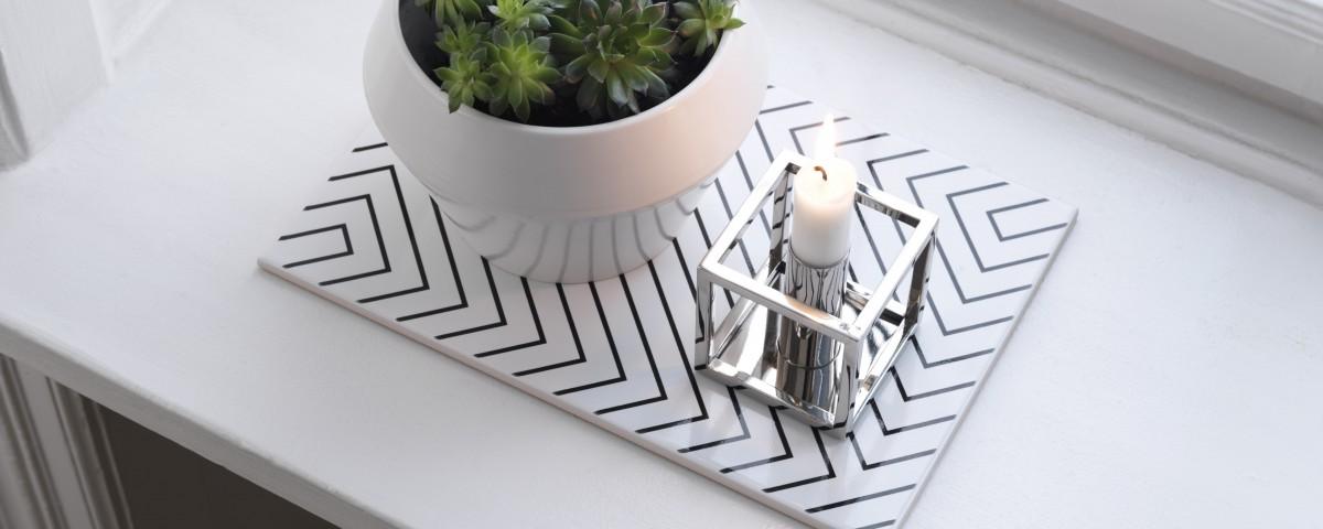 byLassen_design_Maze_White_Rimm Flowerpot_White_Kubus 1_Nickel_Lifestyle_iglooo