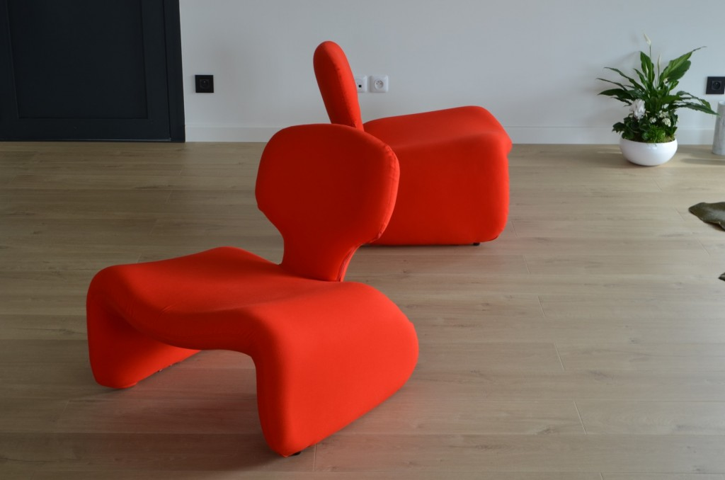 Djinn chairs by Olivier Mourgue || Film&Furniture