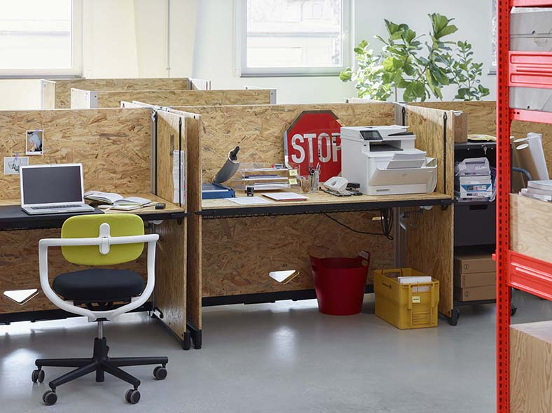 #Hack, Vitra. Design by Konstantin Grcic ||  #creative #desk