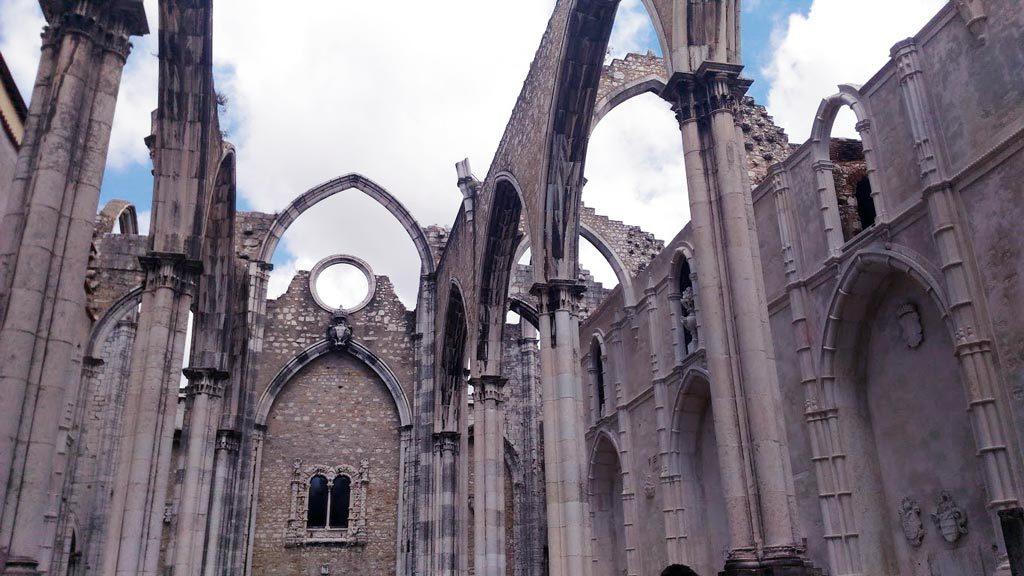 Lisbona architettura Convento do Carmo