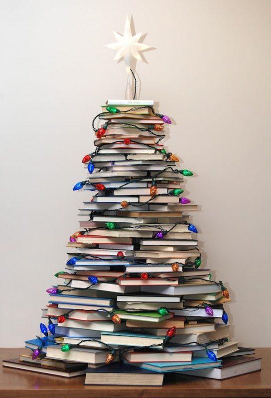 albero-di-natale-design-moderno-albero-natale-libri