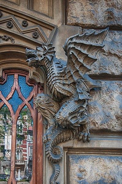 torino casa dei draghi - liberty