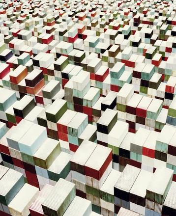 """Sonja Braas, Container, 2015, dalla serie """"Un eccesso di prudenza"""", 2014-2017 © Sonja Braas"""